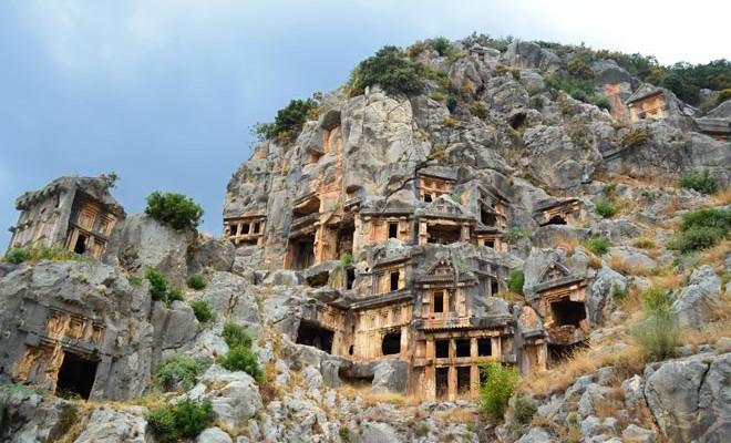 Les villages troglodytiques de france et d europe koifaire for Architecture troglodyte
