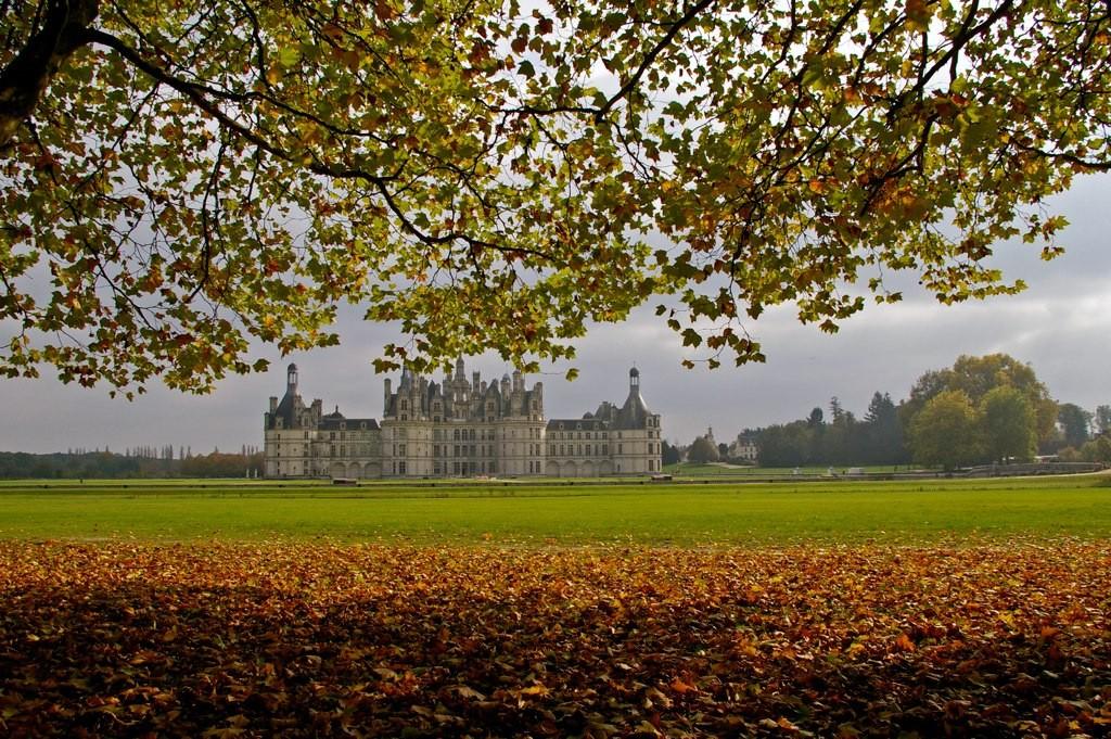Le château de Chambord en automne (Loir et Cher)