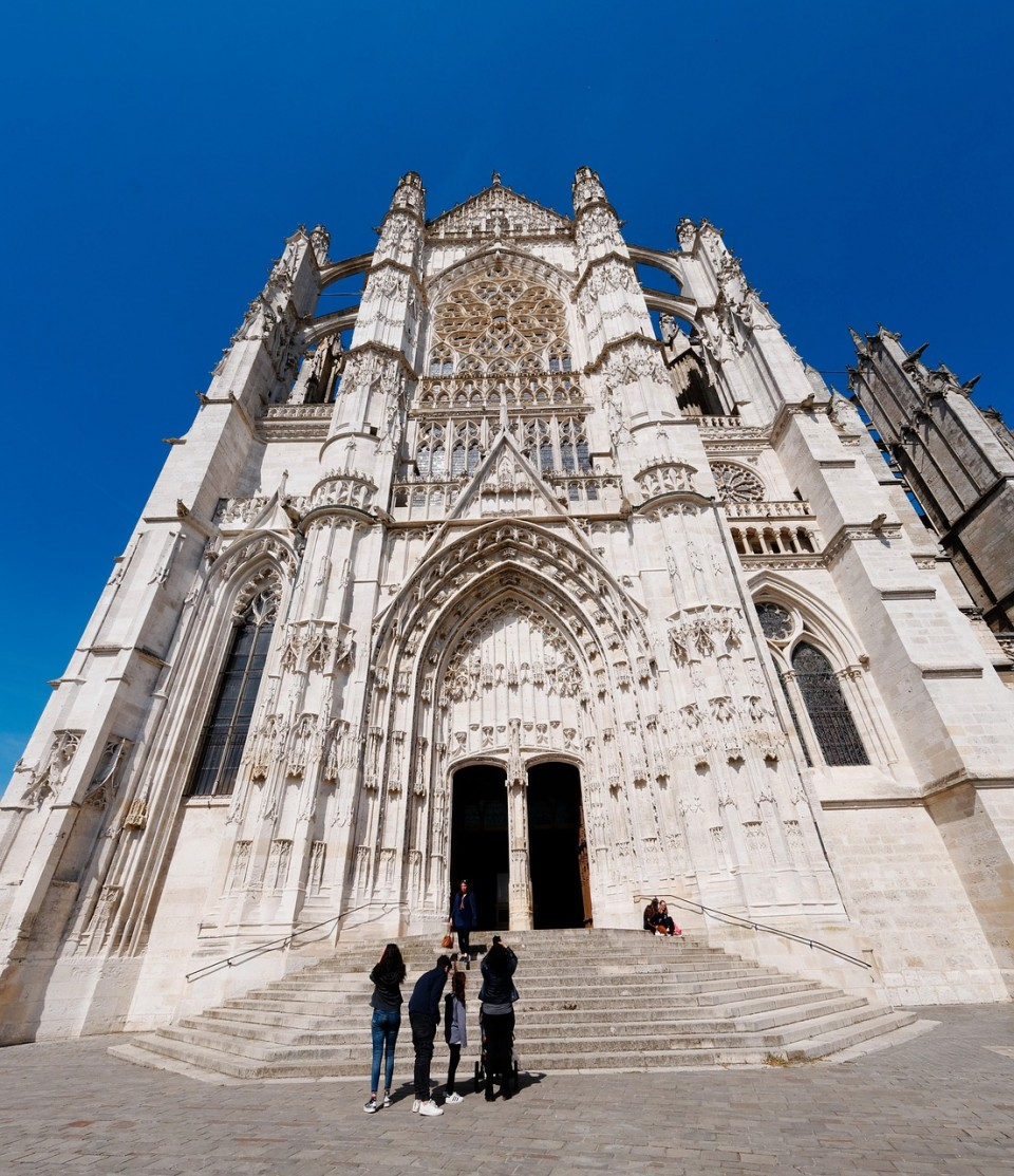 cathedral-2356046_1280