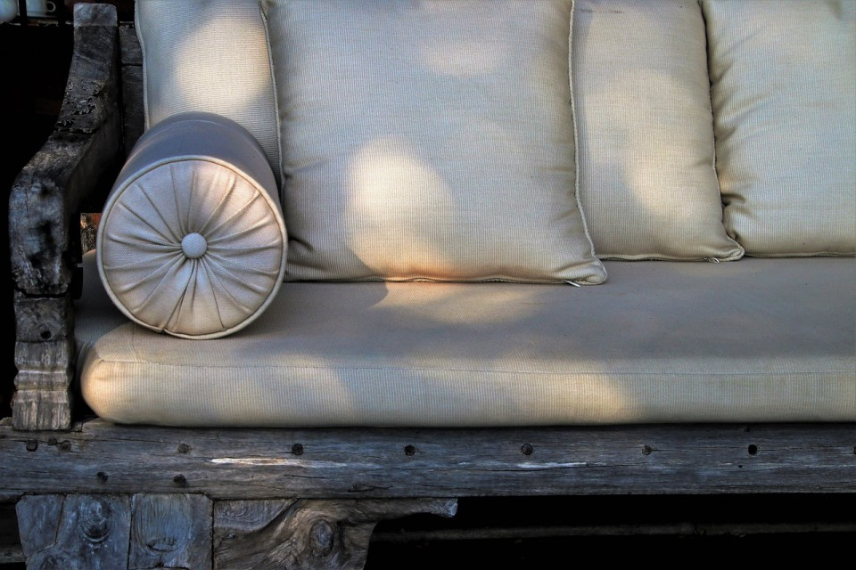 pillow-3228439_1280