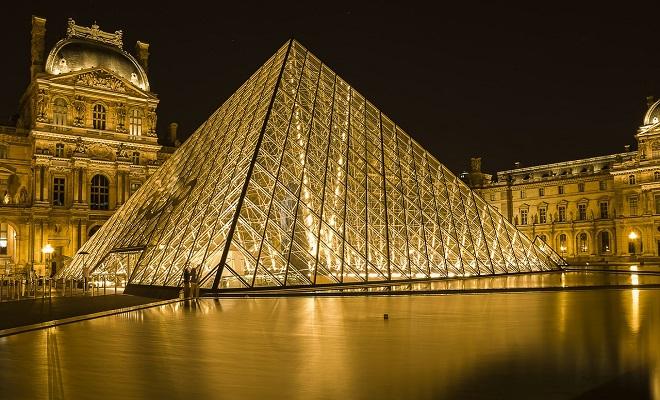 louvre-museum-2218336_1280