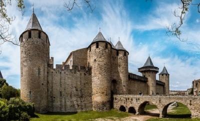 carcassonne-3458973_640 (1)