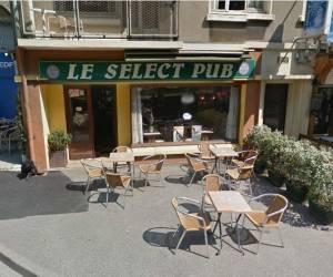 Café select pub
