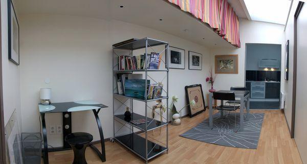 l 39 escale de flers 39 gite et chambre d 39 h te 39 villeneuve. Black Bedroom Furniture Sets. Home Design Ideas