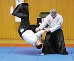 Aikido self defense wago dojo de corbehem