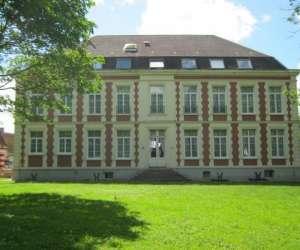 Chateau de moulin le comte - chambres et tables d