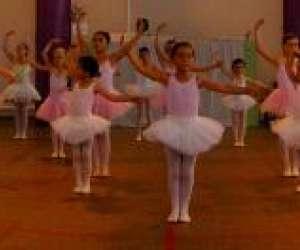 Art et mouvement centre de la danse, laurence ayela