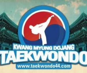 """kwang myung dojang ""  taekwondo et   hapkido"