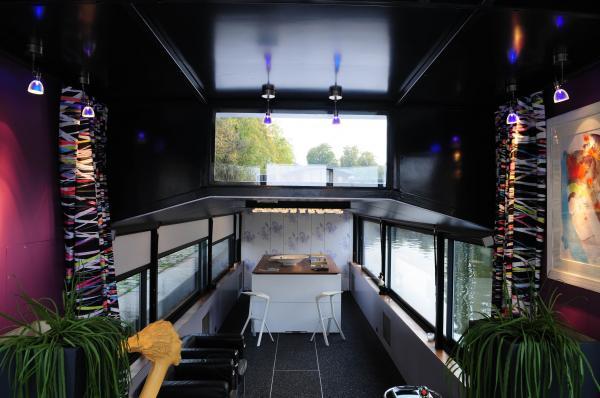 actlieu la peniche le 39 do 39 nantes 44000 t l phone horaires et avis. Black Bedroom Furniture Sets. Home Design Ideas