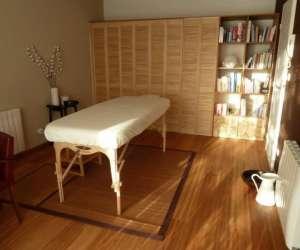 Nadia robert, réflexologie plantaire et massages bien-ê