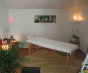 """""""equilibres""""      relaxation, massages et soins énerg"""