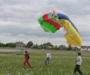 Centre ecole de parachutisme de laval -  parachutisme a