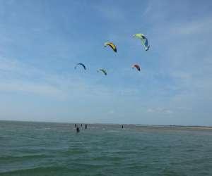 Ecole de kitesurf noirmoutier mouvnkite