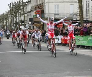 Bordeaux-saintes cycliste organisations