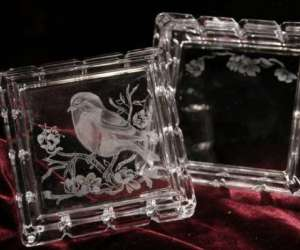 Gravure sur verre et miroirs à la main