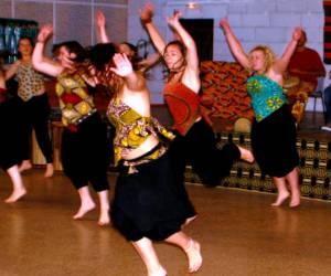Ateliers danses et percus africaine proposes par toukou