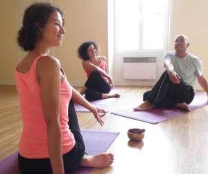 espace yoga aum  -  cours de yoga
