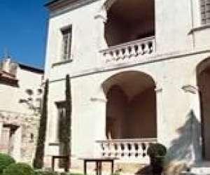 Maison de la truffe  du vin du luberon