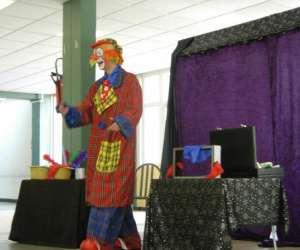 Clown magicien