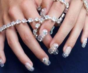 Sun nails beauty shop