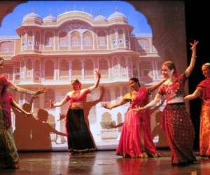 spectacle de danse indienne bollywood