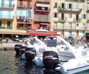 Dark pelican boat rental