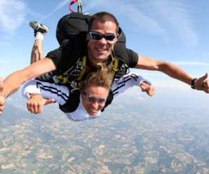 Skydive center, centre de parachutisme