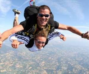Skydive center, centre de parachutisme