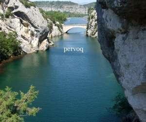 Pervoq  luberon tourisme