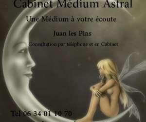Cabinet medium astral