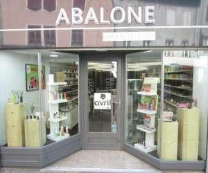 Abalone green makeup