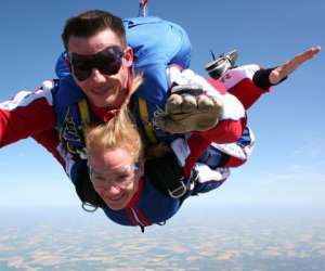 Baptêmes de saut en parachute en tandem