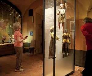 Musées gadagne - histoire de lyon et marionnettes du mo