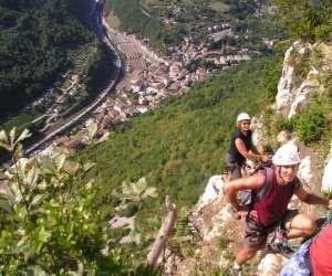 Via ferrata - canyoning - escalade - bugey-ain-jura