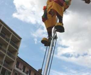 Le  clown  fleuri     spectacle de rue