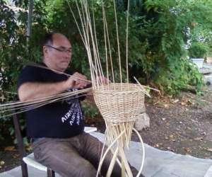 Vannerie cannage paillage de chaise initiation