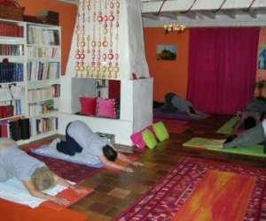 yoga-anne