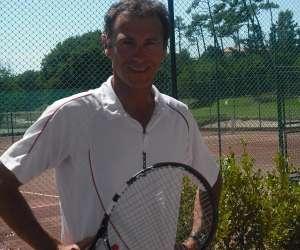 Biarritz tennis coach