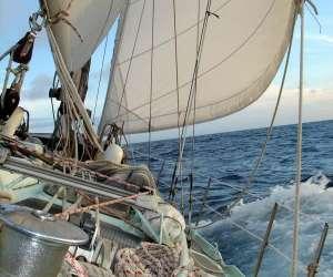 Location voilier bateau, croisière avec skipper