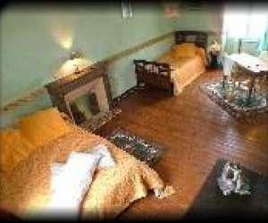 chambre d 39 hote bro ar raden plouy huelgoat plouye 29690 t l phone horaires et avis. Black Bedroom Furniture Sets. Home Design Ideas