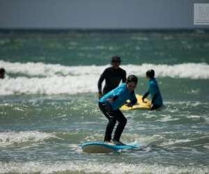 Rise up - École de surf & rampe de skate