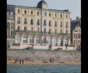 Hotel kyriad saint malo plage franchis� ind�pendant