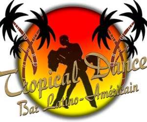 Tropical dance bar latino-americain