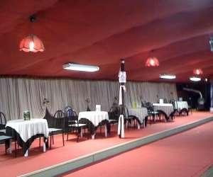 Le dancing  -  cabaret  et  réception