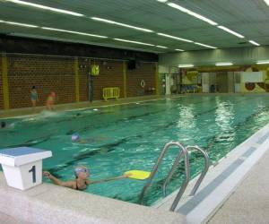 Piscine municipale ronde-couture