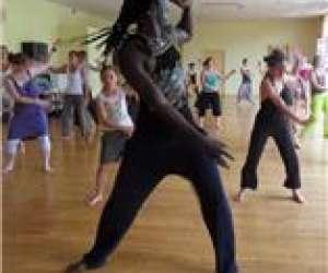 Un 2ème cours de danse africaine à besancon avec matar