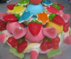 Ambiance gourmande atelier gâteau de bonbons
