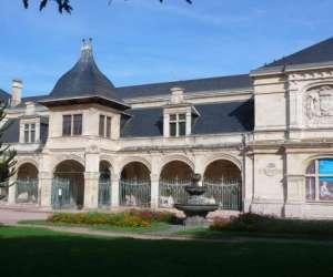 Musée anne de beaujeu du conseil général