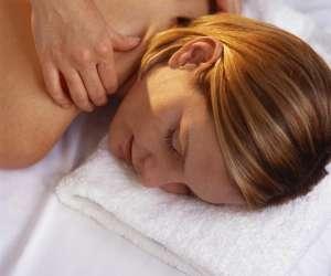 Olympe   charles    -   massage     energetique