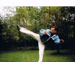 Full-contact_kick boxing_thai boxing_self défense
